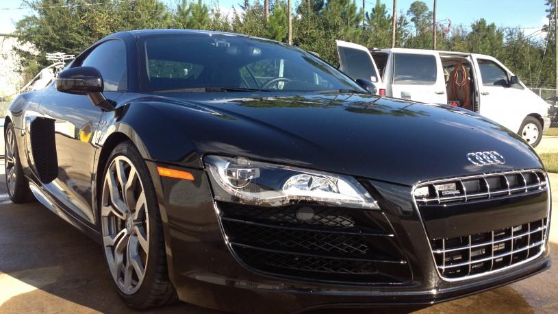 Audi R8 V10 Monthly Maintenance Detail